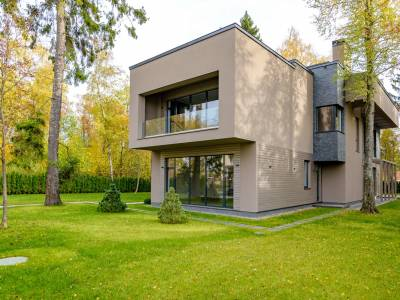 Дом 19299 в поселке Монтевиль - на topriga.ru