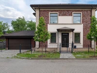 Дом 40740 в поселке Петрово-Дальнее - на topriga.ru