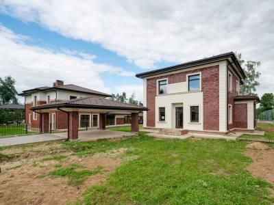 Дом 40752 в поселке Петрово-Дальнее - на topriga.ru