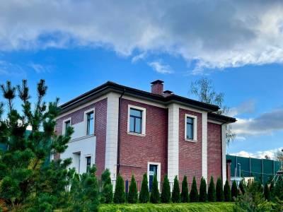 Дом 40755 в поселке Петрово-Дальнее - на topriga.ru