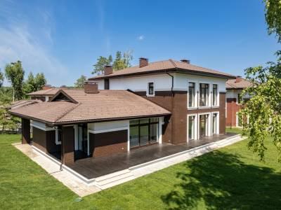 Дом 40760 в поселке Петрово-Дальнее - на topriga.ru