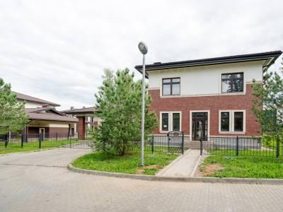 Дом 40761 в поселке Петрово-Дальнее - на topriga.ru