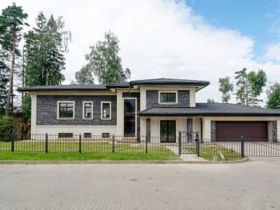 Дом 40764 в поселке Петрово-Дальнее - на topriga.ru