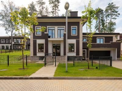 Дом 40769 в поселке Петрово-Дальнее - на topriga.ru