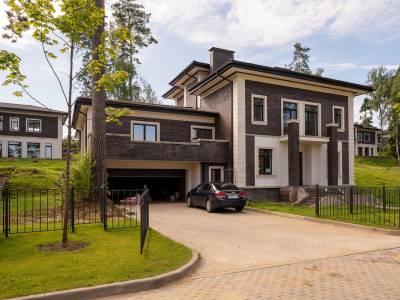 Дом 40770 в поселке Петрово-Дальнее - на topriga.ru