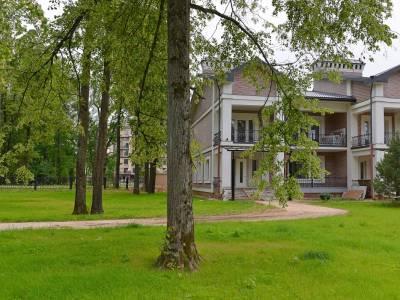 Таунхаус 46562 в поселке Азарово (Лесное Лапино) - на topriga.ru