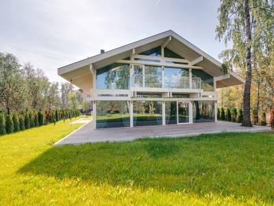 Дом 53383 в поселке Монтевиль - на topriga.ru