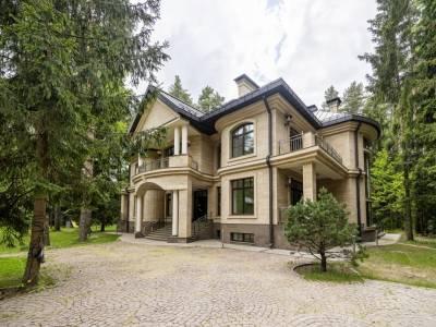 Дом 7432 в поселке Резиденции Бенилюкс - на topriga.ru
