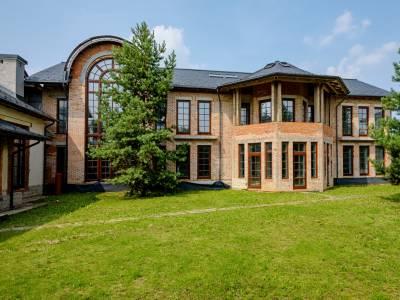 Дом 7511 в поселке Резиденции Бенилюкс - на topriga.ru