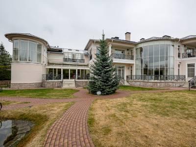 Дом 8298 в поселке Риверсайд - на topriga.ru