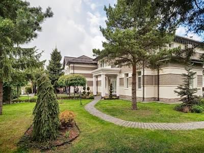Дом 9489 в поселке Резиденции Бенилюкс - на topriga.ru
